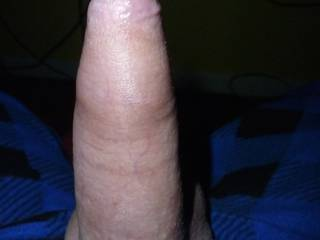 Simple man, simple penis, wondering if there are uncut cock lovers out there